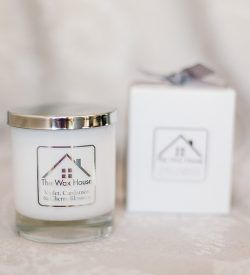 violet cardamon and cherry blossom scented candle