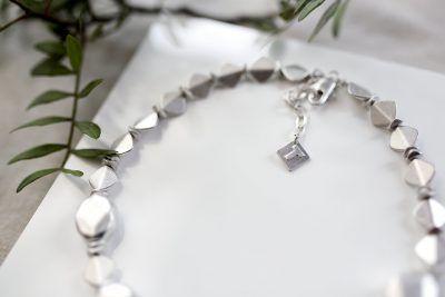 Short Pebble Necklace